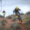 assault-bike-wear-mtb-dh-enduro-jersey-mudwar-adri-jump2