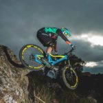 assault-bike-wear-mtb-dh-enduro-jersey-mudwar-xexo-secret