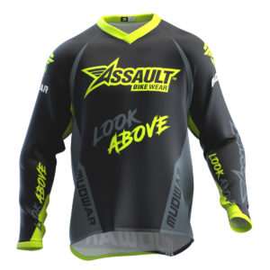 assault-mudwar-fluor-type-one-wear-front